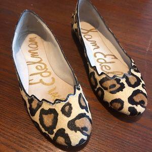 Sam Edelman Scalloped Flats Leopard Size 6